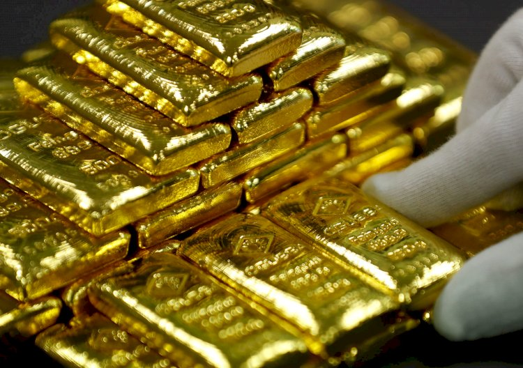 The Gold Price Plunges Down To Rs 600 Per Tola In Local Market