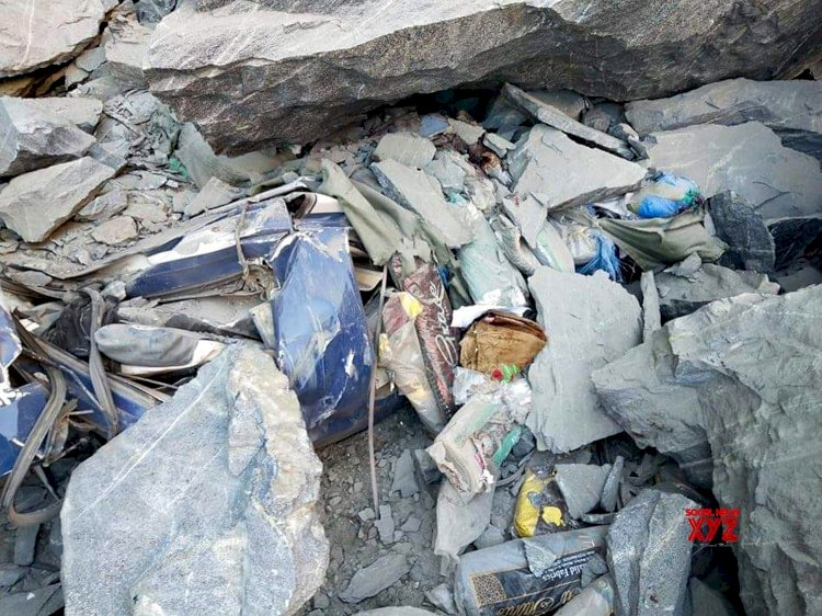 Landsliding On Passenger Van Claims 16 Lives in Skardu