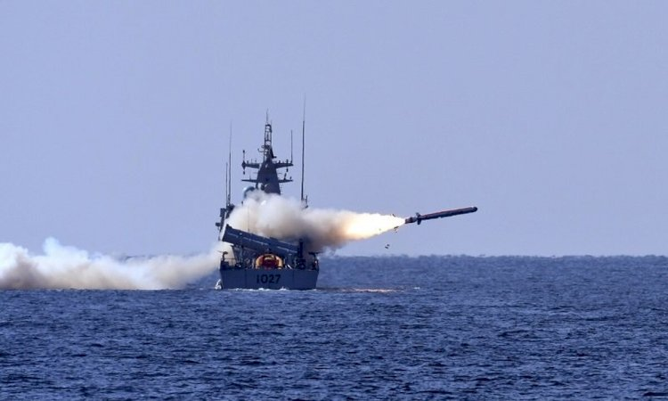 Pakistan Navy Successfully Tests Surface To Air Missiles