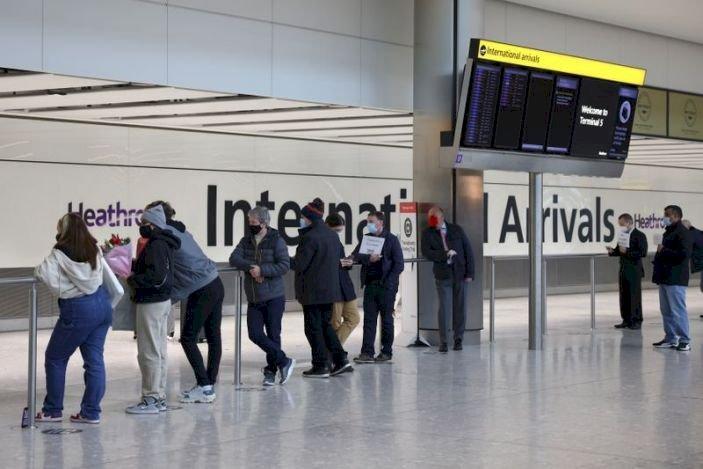 UK Bans Flights From UAE, Shutting World's Busiest International Route