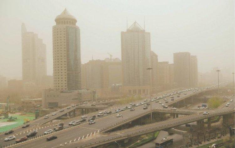 China's capital, Beijing shrouded in a hazardous sandstorm