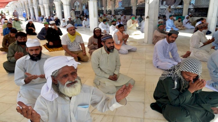 Ramazan guidelines for mosques, imambargahs announced by NCOC