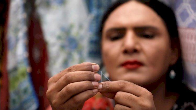 Pakistani Transgender Woman Opts For Tailoring In Karachi