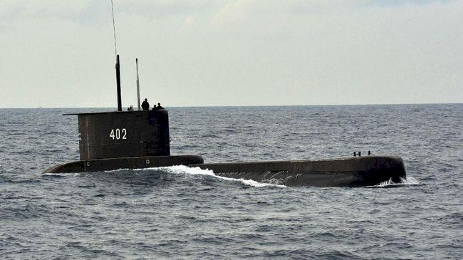 Indonesian Navy Looking For The Submarine 'KRI Nanggala 402'