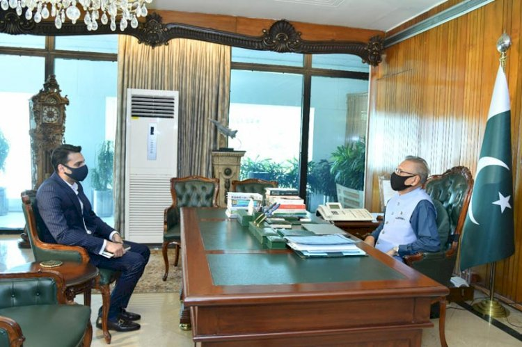 President UMT Meets President Of Pakistan Arif Alvi