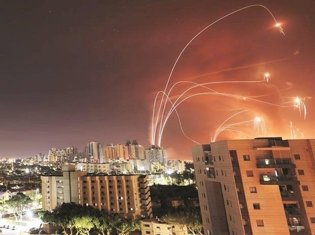Israeli strikes kill 42 in Gaza Strip