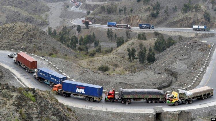 Trade Between Pakistan And Uzbekistan Begins via Afghanistan