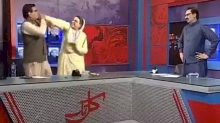Firdous Ashiq Awan Slaps MNA Qadir Mandokhel In 'Kal Tak'