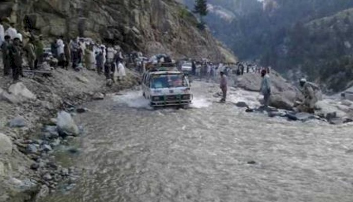 Heavy Rains, Strong Winds Killed 10 In Different Areas of Pakistan