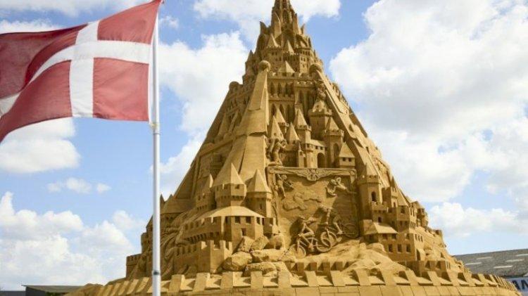 Denmark, Now Home To The World's Tallest Sandcastle